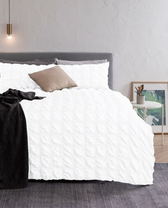 Nova Kallan Comforter Set