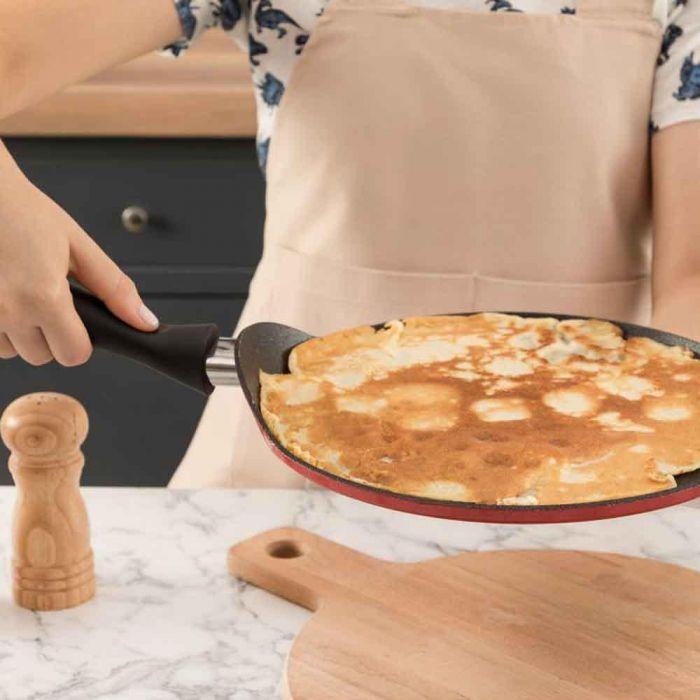 Madame coco titanium pro pancake pan