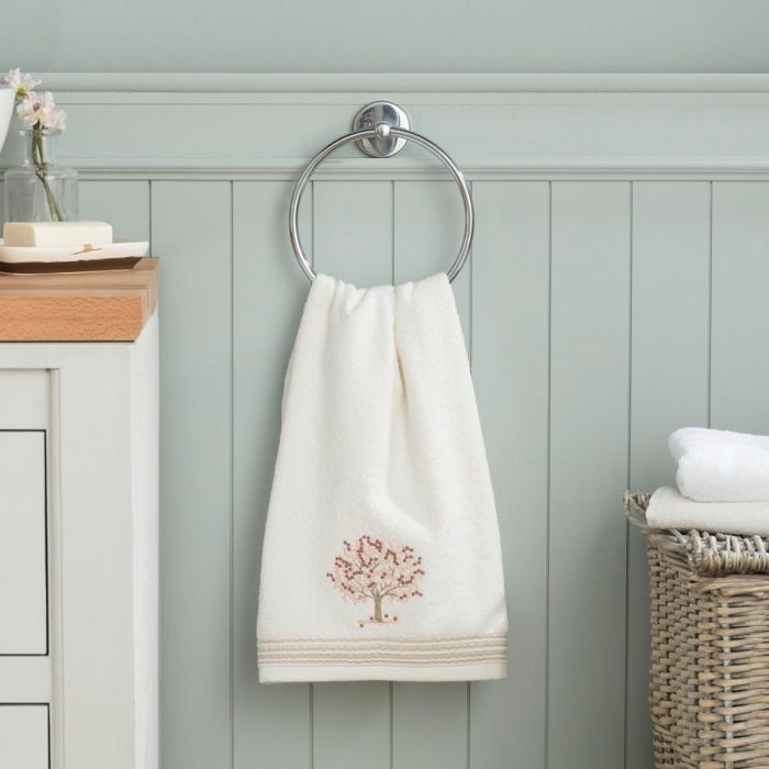 Madame coco Orva Embroidered Face Towel