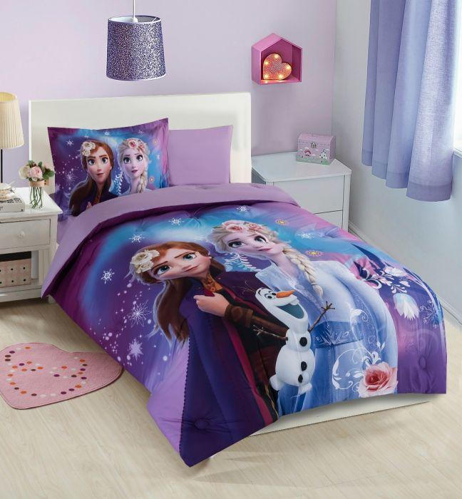 Nova Frozen baby comforter set