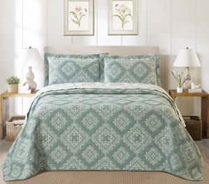 Nova Amberley Jacquard Bedspread Set Green